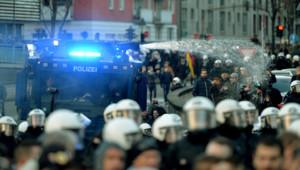 Cologne allemagne pegida police