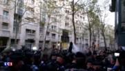 Paris : évacuation d'un lycée occupé par des migrants, heurts entre manifestants et policiers
