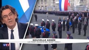 """Chômage : Hollande doit """"se réveiller"""" estime Luc Ferry"""
