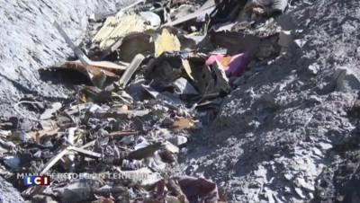 Crash dans les Alpes : les enquêteurs entament la deuxième phase de déblaiement