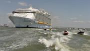 Le paquebot Harmony of the seas, a quitté dimanche à la mi-journée son berceau de Saint-Nazaire.