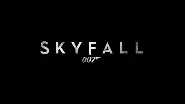 Logo Skyfall de Sam mendes avec Dnaiel Craig