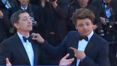 Gad Elmaleh et Kev Adams sur le tapis rouge de Cannes, le 21 mai 2016