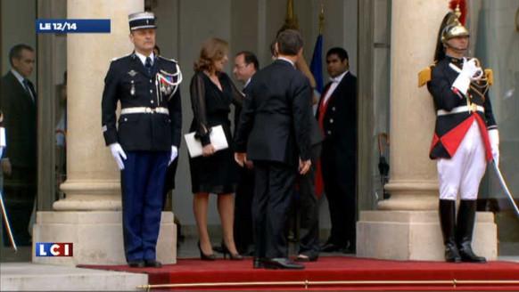 Passation : l'UMP choquée par l'attitude de Hollande