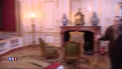 Visite surprise du président Hollande au château de Chambord