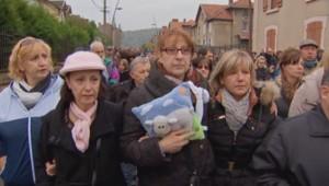 Une marche silencieuse est organisée ce dimanche en soutien aux parents du petit Lucas, poignardé dans la rue par un déséquilibré mental