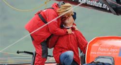 Le skipper Francis Joyon et son épouse Virginie après une traversée de l'Atlantique en 2013.