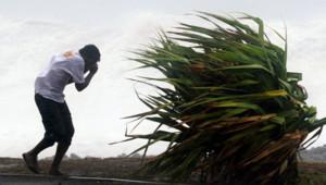 La Réunion dumile cyclone