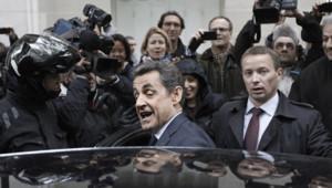 Nicolas Sarkozy devant son QG le 23 avril 2012 UMP
