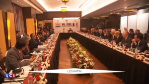 Visite de Hollande en Inde : faire progresser le dossier des Rafale, l'objectif du chef de l'État