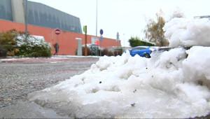 Le 13 heures du 3 décembre 2014 : Premi�s neiges de l'hiver en Moselle - 66.136