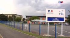 Le 13 heures du 1 août 2015 : Le mystérieux fragment d'aile d'avion est en route vers Toulouse - 464