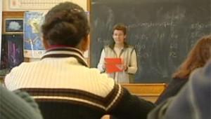 élèves, étudiants lycées collèges classe professeur enseignant tableau