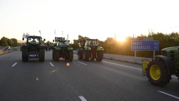 Les tracteurs convergent vers Paris ce jeudi 3 août 2015