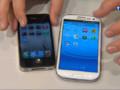 Un iPhone et un téléphone Samsung.