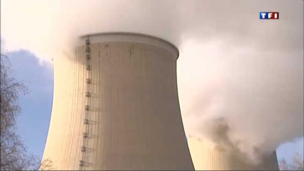 Greenpeace investit la centrale nucléaire de Nogent-sur-Seine