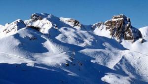 montagne suisse neige ski