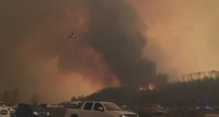 Gigantesque incendie : 30.000 personnes évacuées en moins de 30 minutes