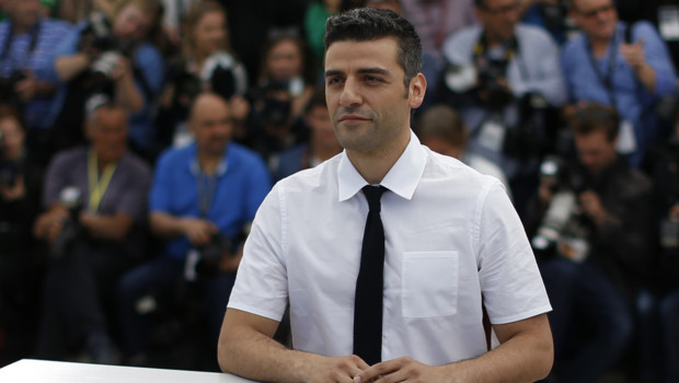 L'acteur Oscar Isaac lors du photo-call du film Inside Llewyn Davis à Cannes le 19 mai 2013.