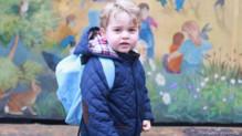 Le prince George lors de sa rentrée des classes.