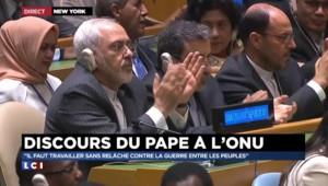 """Pape François: """"Il est urgent d'interdire les armes nucléaires"""""""