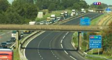 Le 20 heures du 29 août 2015 : Fusillade dans la Somme : l'autoroute A1 bloquée, le retour à la normale progressif - 853