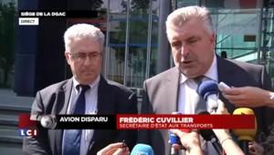 """Vol AH5017 : """"51 Français"""" étaient dans l'avion, selon le secrétaire d'Etat aux Transports"""