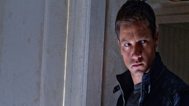 Jeremy Renner dans le film Jason Bourne : l'héritage de Tony Gilroy