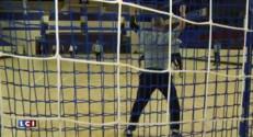 Handball, autographes et moments de partage... Omeyer rend visite à des enfants malades