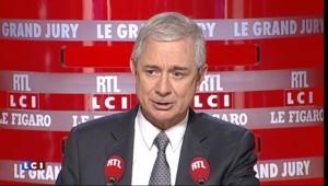 """Attentats : """"Vous ne bougez pas"""", la consigne du Président à Bartolone au Stade de France"""