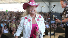 La chanteuse de country Lynn Anderson lors d'un festival en avril 2009 à Indio en Californie.