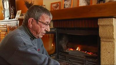 Le 13 heures du 22 octobre 2014 : Pulls et feux de chemin� �sent l%u2019hiver en Bourgogne - 239.00325348663333