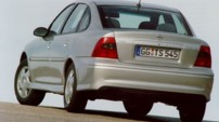 OPEL Vectra 2.0i 16V Executive A - 2000