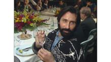 Thierry Lhermitte lors d'une réunion d'un club de stars amatrices de vin, en 1989.