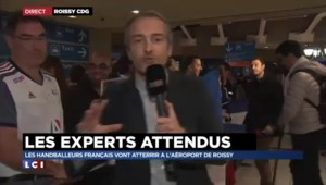 Mondial de handball : à Roissy, les supporters attendent le retour des bleus victorieux