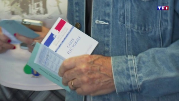 Référendum sur Notre-Dame-des-Landes : une forte participation à la mi-journée