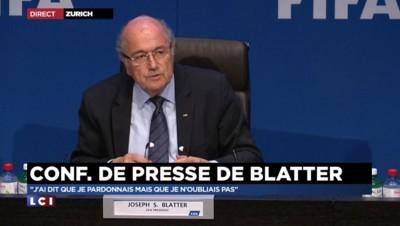 Blatter balaye l'idée de démissionner au nom du plébiscite rencontré lors de sa réélection