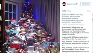 La photo du sapin d'Emma Tapping et des 300 cadeaux a généré plus de 4.000 réactions sur Instagram.