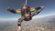 Saut en parachute d'un candidat aux Régionales (28/09)