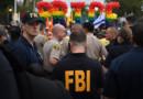 Photo d'illustration. Des agents du FBI surveillant la Gay Pride à West Hollywood en Californie le 12 juin 2016.