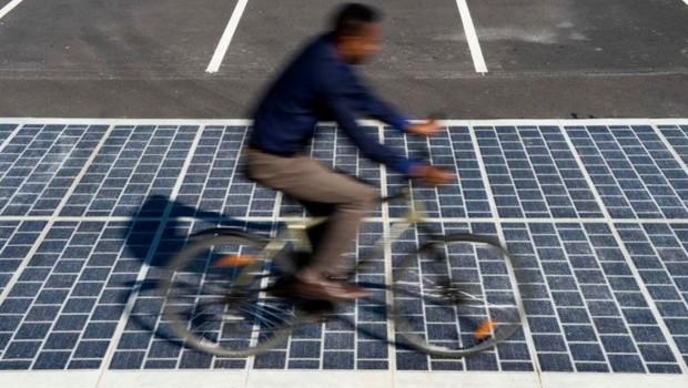 Colas Wattway route solaire photovoltaïque soleil énergie électricité