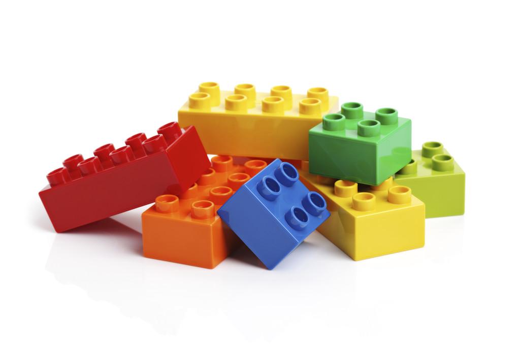sciences les petites filles devraient moins jouer la poup e et plut t aux lego education. Black Bedroom Furniture Sets. Home Design Ideas