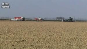 Californie : un avion de l'US Navy se crashe, le pilote indemne