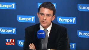 Manuel Valls rejette la proposition de Bayrou sur les parrainages du FN