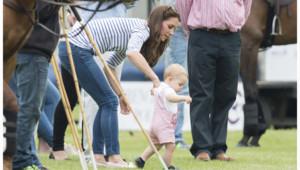 Premiers pas sous les objectifs pour le Prince George, le 15 juin 2014.