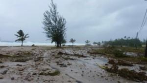 Les ravages du cyclone Oli A Huahine, en Polynésie Française, pris par un internaute de TF1 News.