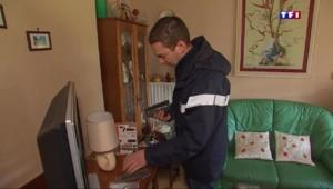 Passage à la TNT : le facteur à domicile pour installer le décodeur dans l'Hérault