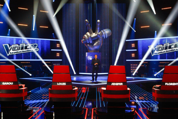 http://s.tf1.fr/mmdia/i/84/0/plateau-de-l-emission-the-voice-tf1-10625840owrqn_1879.jpg
