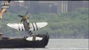 Un avion de guerre repêché de l'Hudson