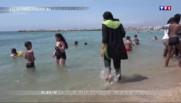 Le burkini à la plage, une interdiction qui fait des vagues